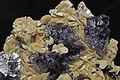 Fluorite, sidérite 300-4-2292.JPG