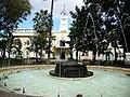 Fontaine devant la mairie (3858271279).jpg