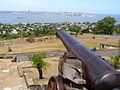 Fortaleza del cerro (vista de Montevideo).jpg