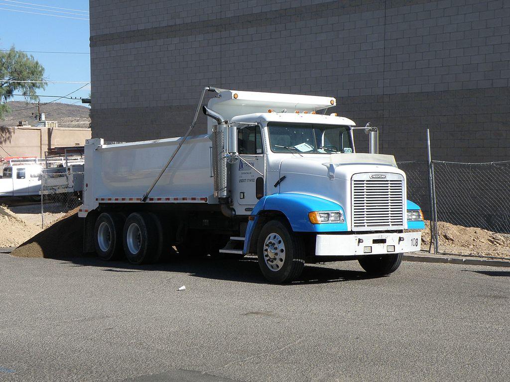 1024px-Freightliner_FLD_112_Dump_truck.j