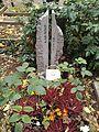 Friedhof der Dorotheenstädt. und Friedrichwerderschen Gemeinden Dorotheenstädtischer Friedhof Okt.2016 - 1 2.jpg