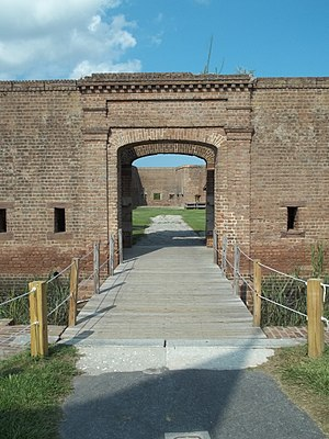 Republican Blues - Image: GA Savannah Fort Jackson gate 01