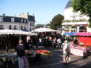 Garches - Market - 2.jpg