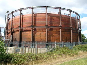 Gas holder - A two-lift braced column-supported gas holder in West Ham, East London