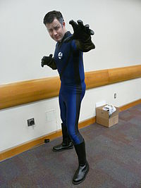 Un fan de Mister Fantastic lors d'une convention
