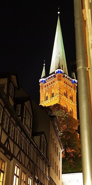 Germany Luebeck St Petri Turm night 01.jpg