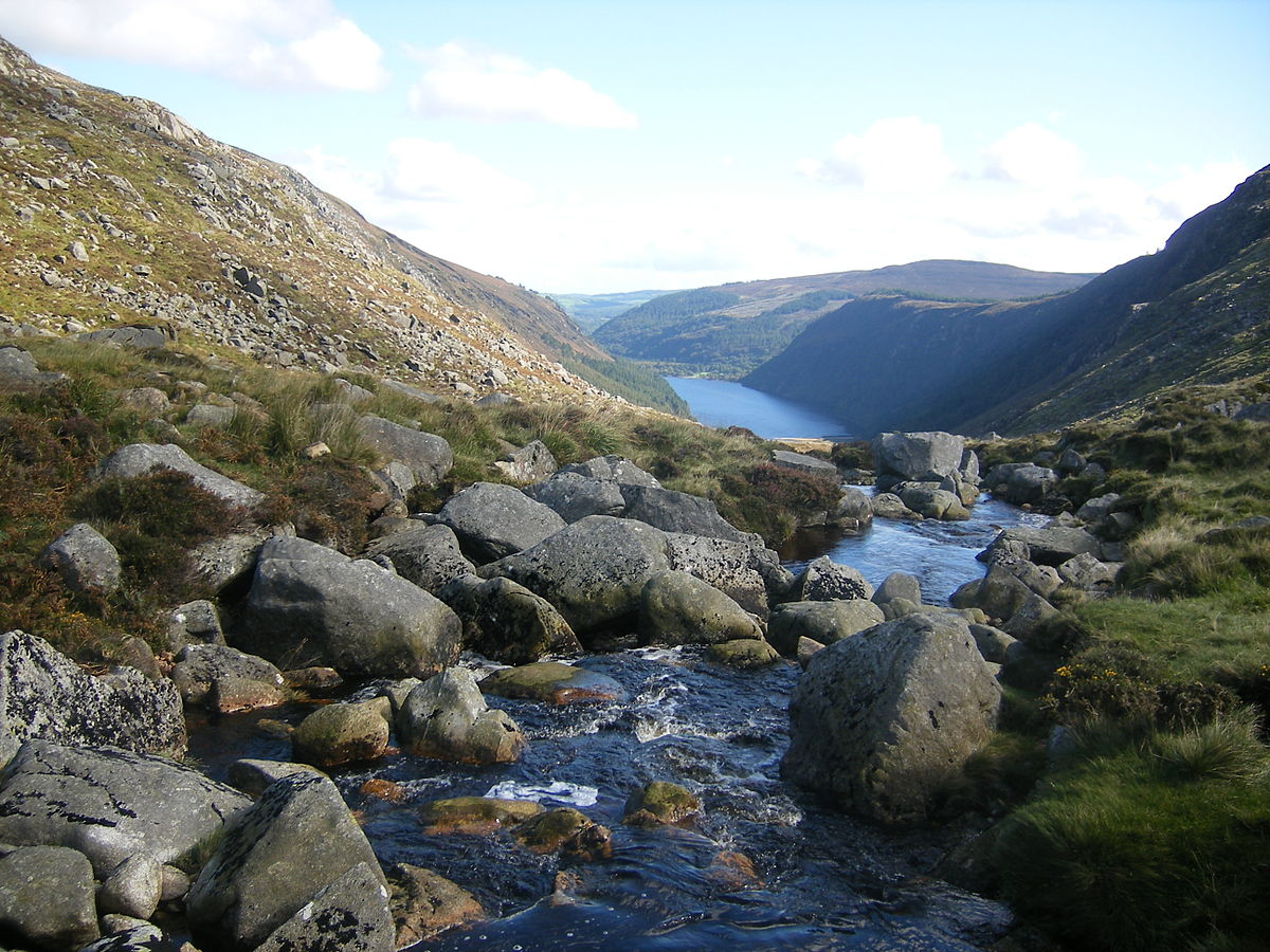 Glendalough Day Tour