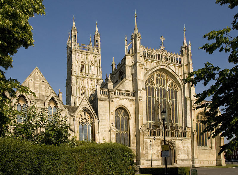 Front view of the Gloucester Cathedral (Cathedral Church of St Peter and the Holy and Indivisible Trinity). Gloucester, England. Foundation work began on the church in 1089.