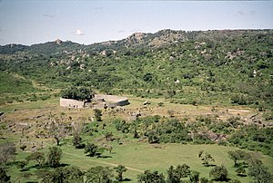 Great-Zimbabwe.jpg