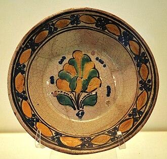 Talavera pottery - Talavera bowl from the 16th or 17th century