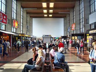 Heidelberg Hauptbahnhof - Interior of the new station