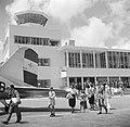 Het gebouw van vliegveld Hato op Curaçao, Bestanddeelnr 252-7670.jpg