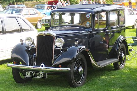 Hillman Minx, 1935 Hillman possibly Minx built 1935 according to DVLA database photo 2008 Castle Hedingham.JPG