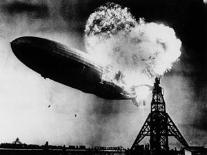 Hindenburg burning, 1937.jpg