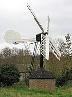 Hollow post windpump in Starston.jpg