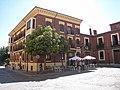Hostal Boccalino, Plaza San Isidoro, León, Spain - panoramio.jpg