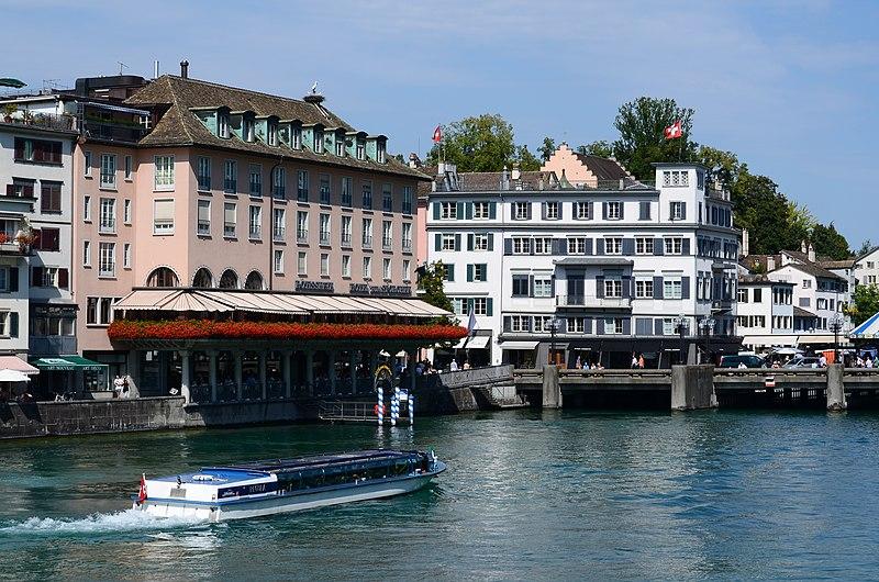File:Hotel zum Storchen - Haus zum Schwert - ZSG Limmatboot 'Regula' - Münsterbrücke 2013-09-07 12-26-04.JPG