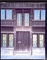 """Huis """"De Duvels"""" , detail , inkom met houtsnijwerk - 354817 - onroerenderfgoed.jpg"""
