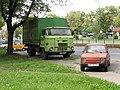 IFA L60 + FSM-Fiat 126 (10175509855).jpg
