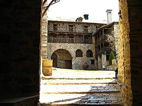 IMG 1076-20070424-xenophontos-monastery-a.JPG