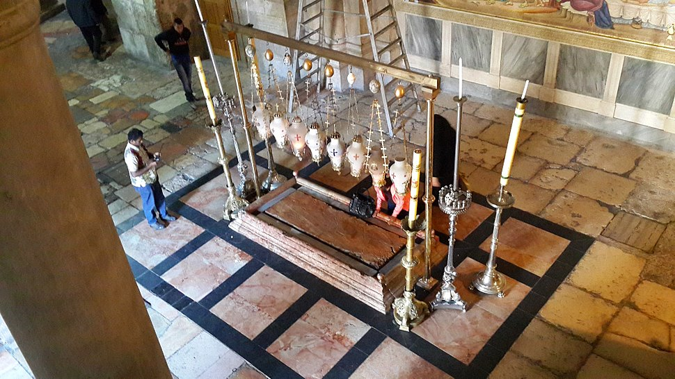 Inside the Church of the Holy Sepulchre - 16