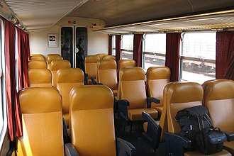 SNCF Class Z 9600 - Image: Intérieur d'une Z2 omnibus non rénovée par Cramos