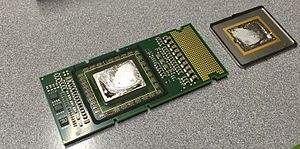 Itanium - Intel Itanium 2 9000 (heat-sink cap removed)