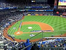 Amazon.com: The New York Mets Essential Games Of Shea Stadium: Tom ... | 165x220