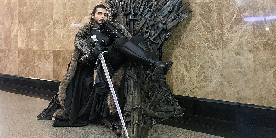 Iron Throne Moscow Metro (2019-05-11) 06.jpg