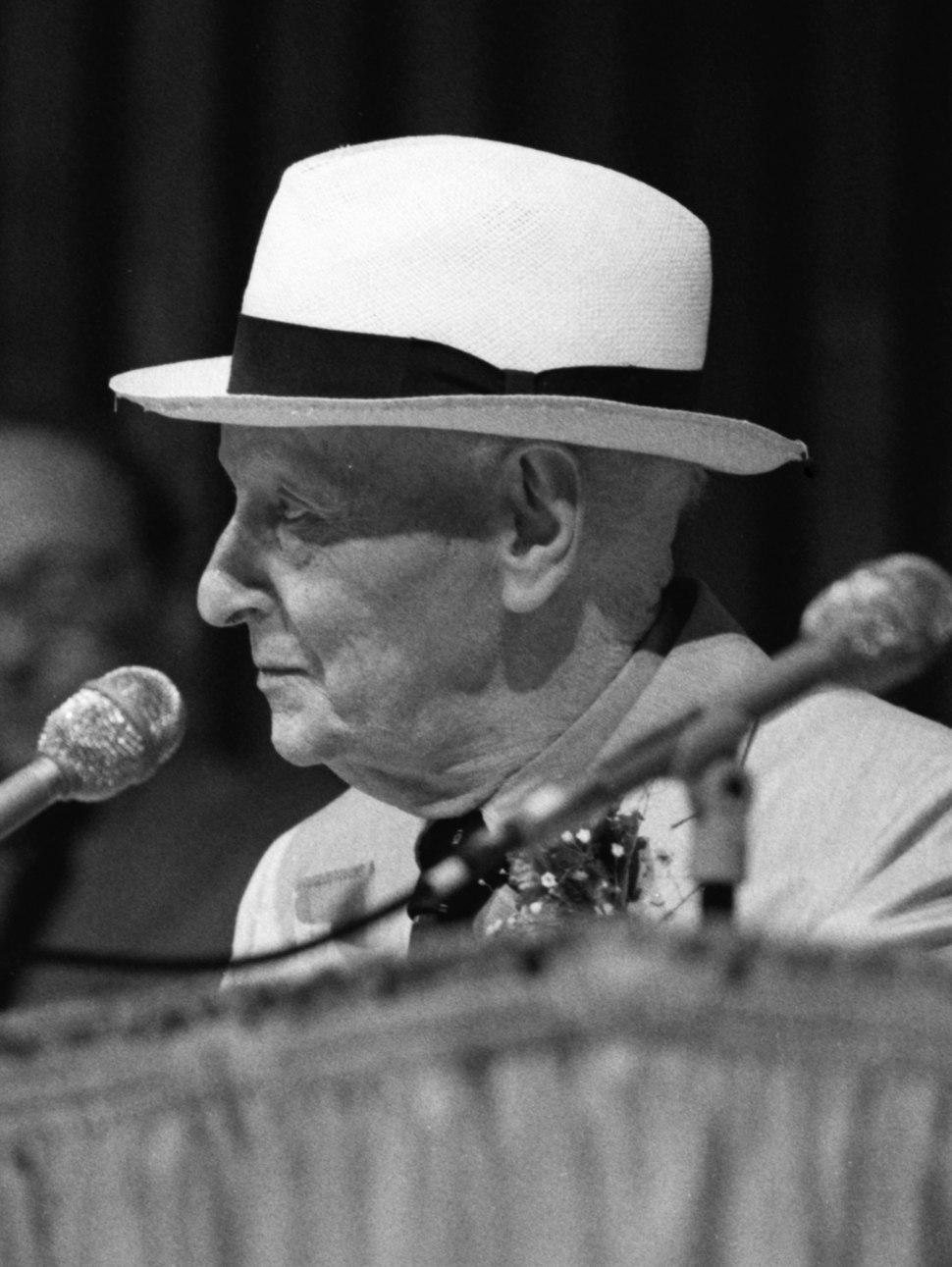 Isaac Bashevis Singer (upright)