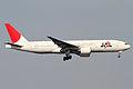 JAL B777-200(JA010D) (4937254765).jpg
