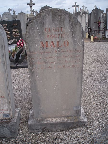 Tombeau à stèle de Joseph Malo