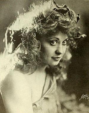 Jackie Saunders - Image: Jackie Saunders 1919