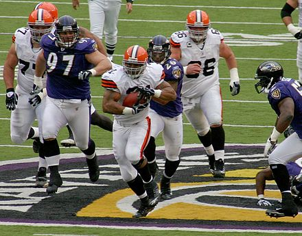 Lewis during the Cleveland Browns 33-30 OT win over the Baltimore Ravens on November 18, 2007 Jamal Lewis 2007.jpg