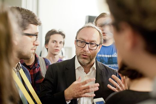 Jimmy Wales in 2016 in Moscow 02.jpg