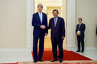 Foreign relations of Cambodia - Prime Minister Hun Sen with United States Secretary of State John Kerry in 2016.