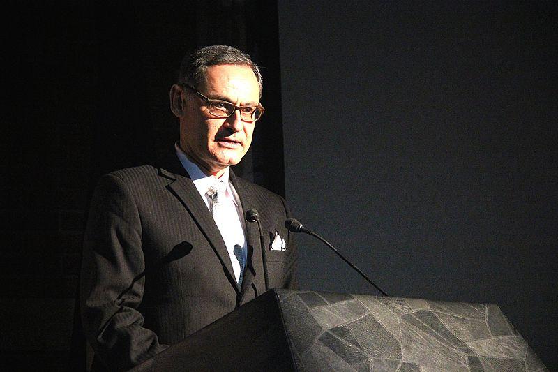 File:Jorge Arroyo during speech.jpg