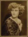 Juanita Hansen 1 Motion Picture Classic 1920.png