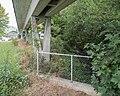 Jurabahnen Eisenbahn-Brücke (Bachdurchlass) über die Birs, Tavannes BE 20181006-jag9889.jpg