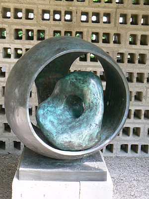 Sphere with Inner Form - Image: KMM Hepworth Sphere with inner form