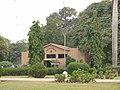 Karachi Zoo Reptile House - panoramio.jpg
