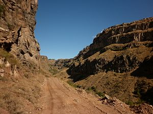 Kasagh River canyon - view from bottom 04.JPG