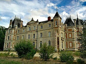 Esperanto culture - Castle of Grésilion, an Esperantist cultural center in France