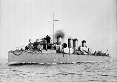 Japanese torpedo boat Kasumi, commissioned in 1902, displacement about 400 t.