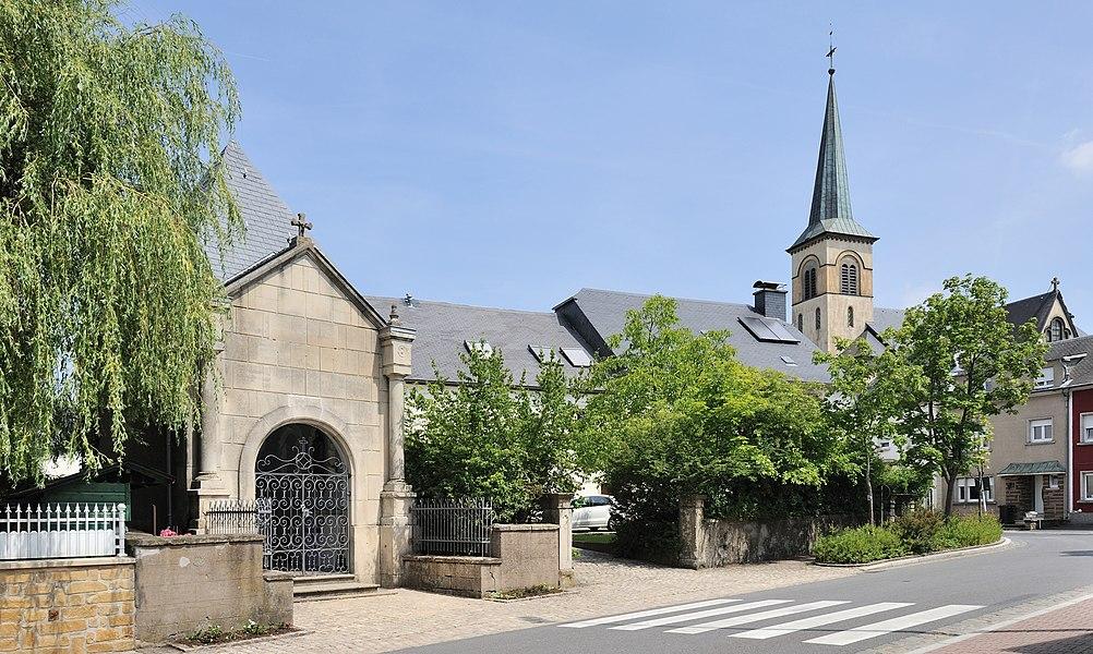 Luxembourg, Kehlen: rue d'Olm, chapel.