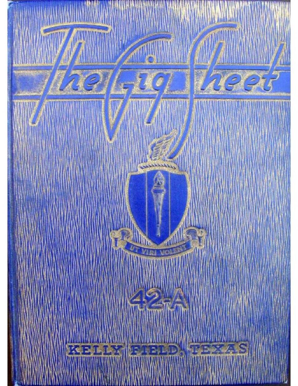 Kelly Field - 42A Classbook.pdf