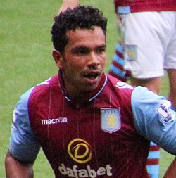 Kieran Richardson 2014 (cropped).jpg
