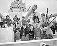 Kinderparty aan boord, van het Engelse oorlogsschip Birmingham te Amsterdam, Bestanddeelnr 909-6273.jpg
