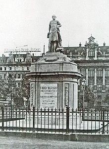 Friedrich-August-Denkmal auf dem Leipziger Königsplatz (um 1910) (Quelle: Wikimedia)