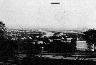 Pierre Janssen - Photo taken by Janssen, from the Meudon observatory, of Renard and Krebs' La France dirigible (1885)